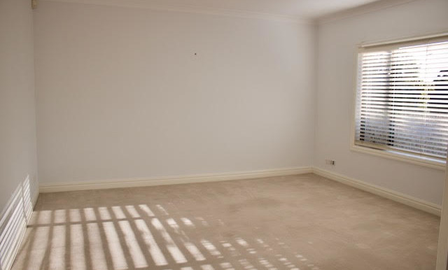Loungeroom Pengilly