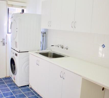 laundry pengilly