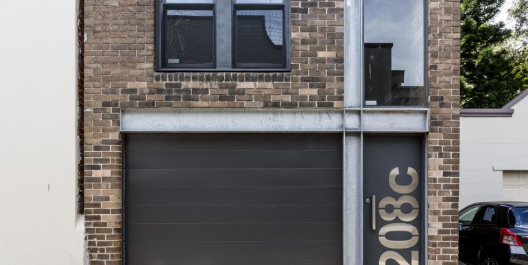 exterior 208C St Johns