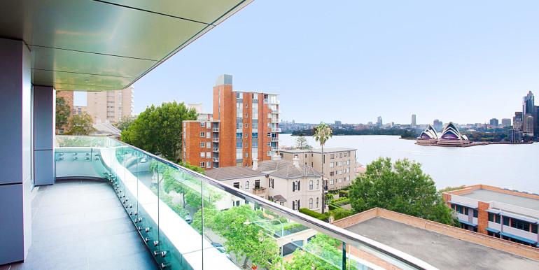 Balcony UPS