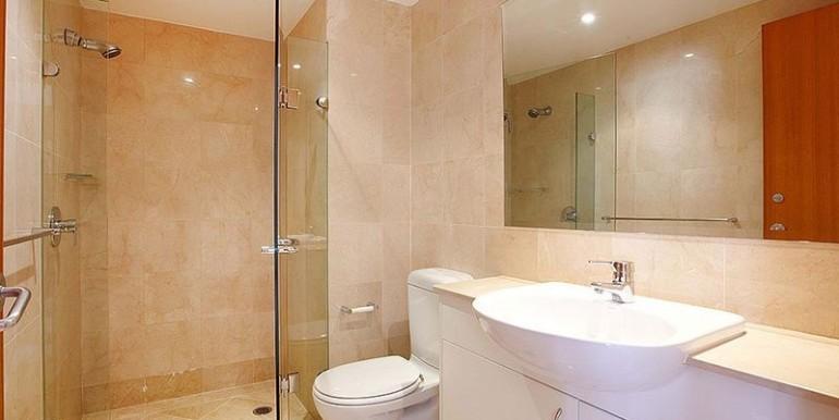 bathroom brett